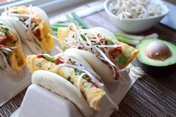 steamed buns with eggs